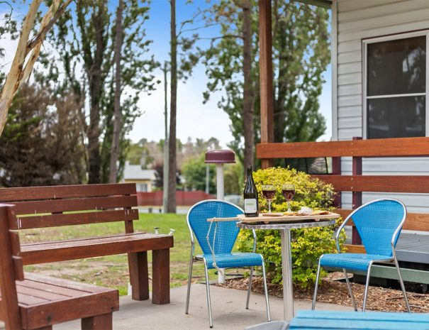 Top-of-the-Town-Tourist-Park-Stanthorpe-Accommodation-Dec-15-Cottage