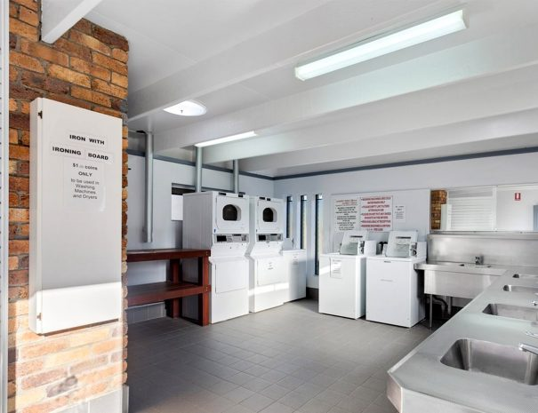 Top-of-the-Town-Tourist-Park-Stanthorpe-Guest-Laundry