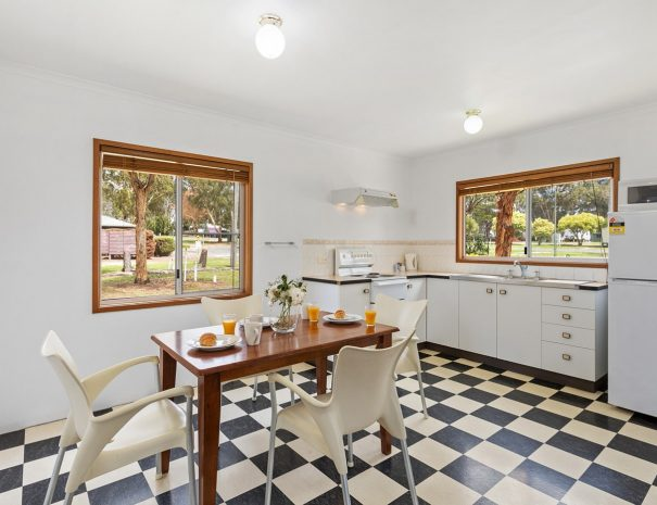 Top-of-the-Town-Tourist-Park-Stanthorpe-Accommodation-Dec-12