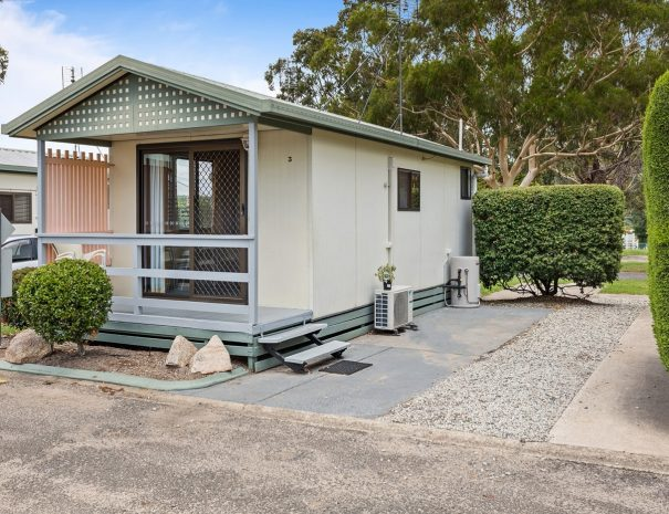 Top-of-the-Town-Tourist-Park-Stanthorpe-Accommodation-Dec-2