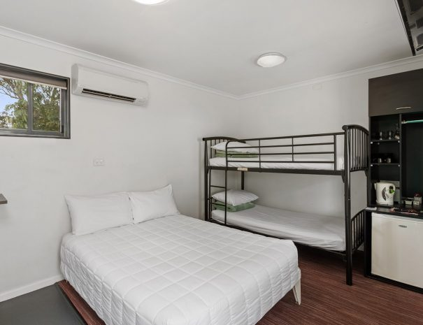 Top-of-the-Town-Tourist-Park-Stanthorpe-Accommodation-Dec-7